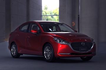 Bijgewerkte Mazda 2 sedan in beeld