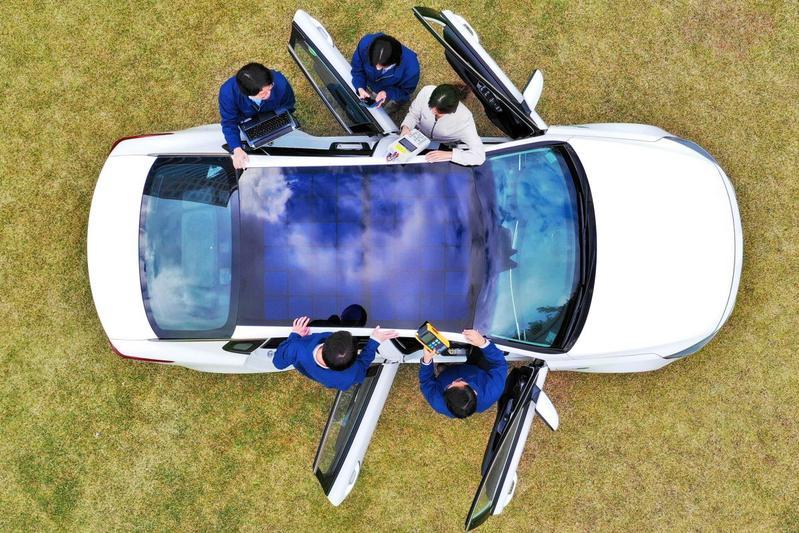 Hyundai zonne-energie oplaadsysteem