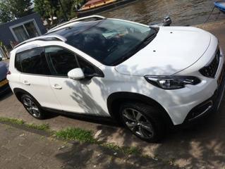 Peugeot 2008 Allure 1.2 Puretech 110 (2018)