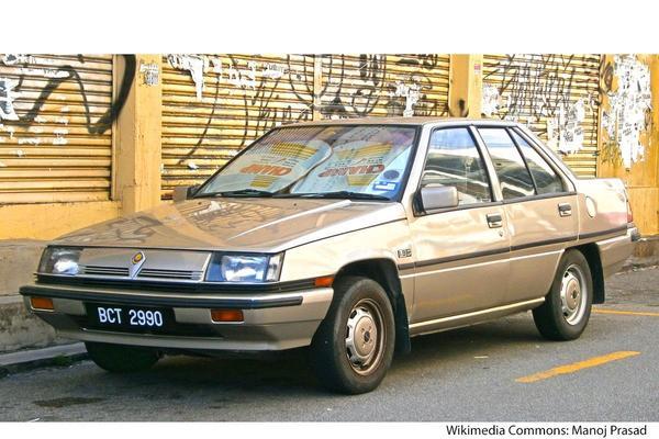 De Tweeling: Proton Saga Mitsubishi Lancer