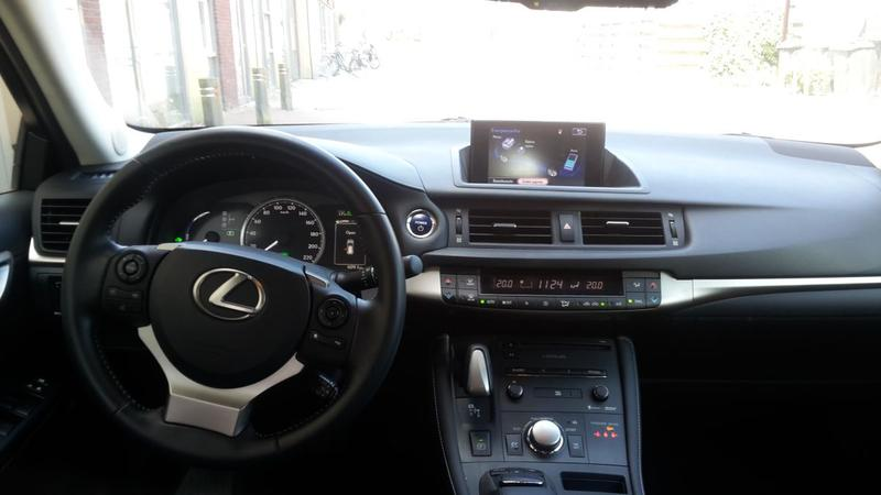 Lexus CT 200h Hybrid Business Line (2015)