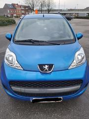 Peugeot 107 Urban Move 1.0 (2011)