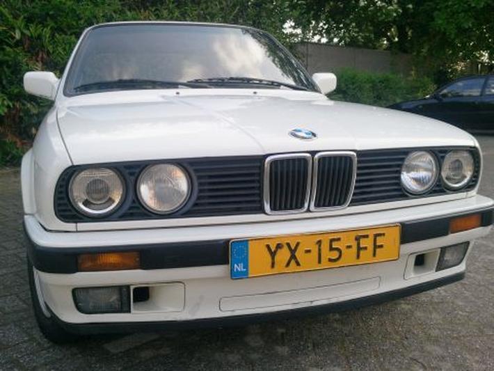 BMW 316i (1990)