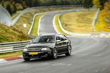 Audi RS4 Avant (2001)