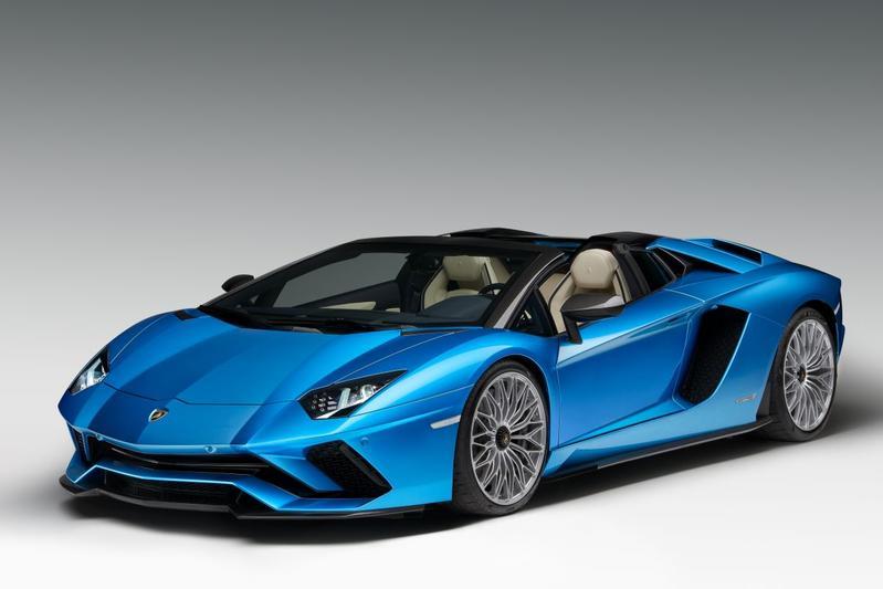 Lamborghini Aventador S Roadster ontketend