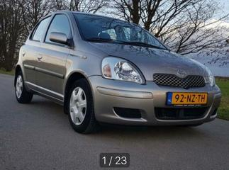 Toyota Yaris 1.3 16v VVT-i Linea Sol (2004)
