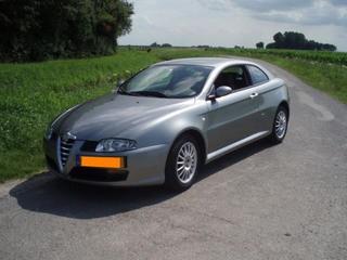 Alfa Romeo GT 2.0 JTS 16V Distinctive (2004)