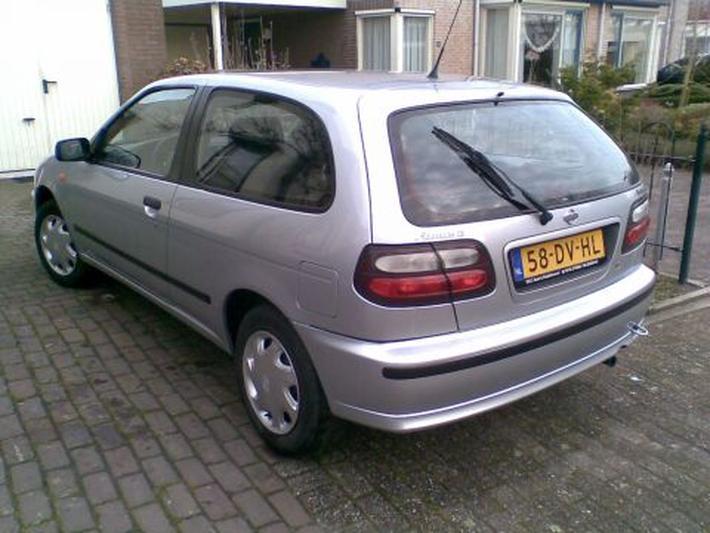 Nissan Almera 2.0 D GX (1999)