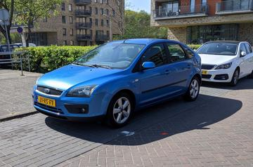 Ford Focus 1.6 16V First Edition (2005)