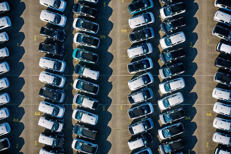 Volkswagen ID3 productie fabriek levering autotrein