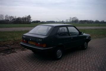 Volvo 340 1.4 (1989)