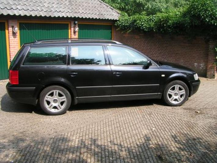 Volkswagen Passat Variant 1.9 TDI 110pk Trendline (1999)