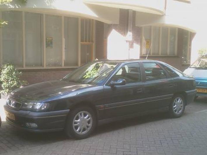 Renault Safrane RXT 2.5 (1997)