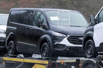 Nieuwe Ford Transit gespot in oud jasje