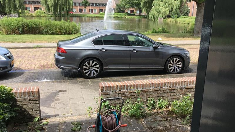 Volkswagen Passat 1.6 TDI 120pk Connected Series (2016)