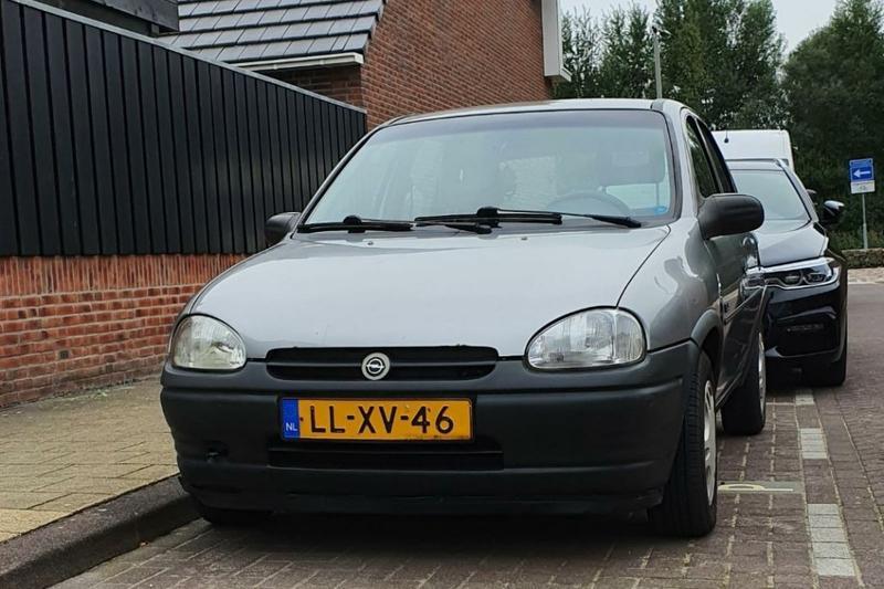 Opel Corsa (1995)