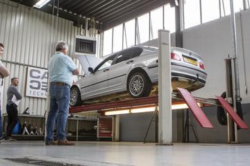 BMW 316i Executive - 1999 - 670.037 km - Klokje rond