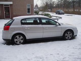 Opel Signum 2.2-16V DGi Elegance (2003)
