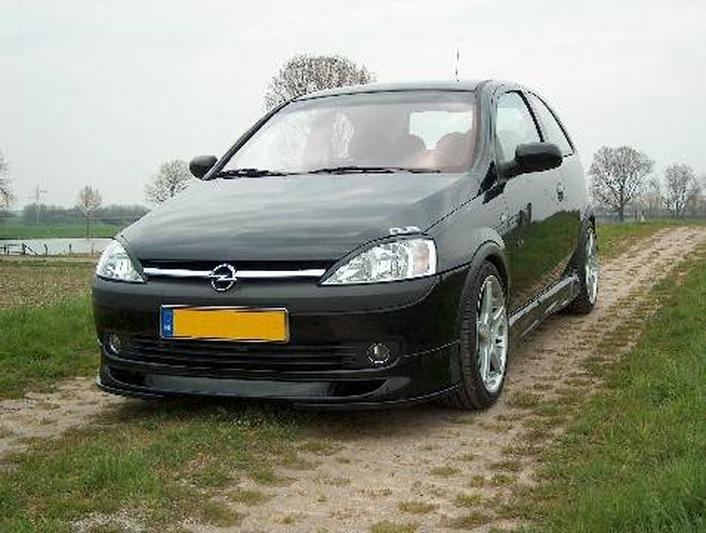 Opel Corsa 1.8-16V GSi (2001)