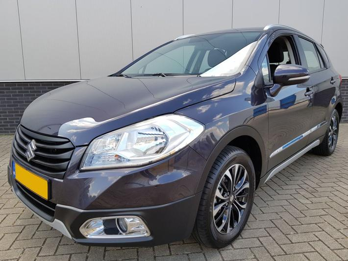 Suzuki S-Cross 1.6 Exclusive (2014)
