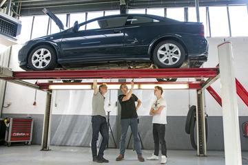 Opel Astra Coupé 1.8-16V - 2001 - 375.174 km - Klokje Rond