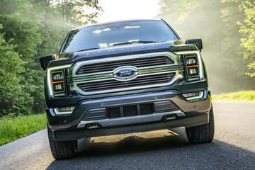 Ford bouwt incomplete auto's vanwege chiptekort