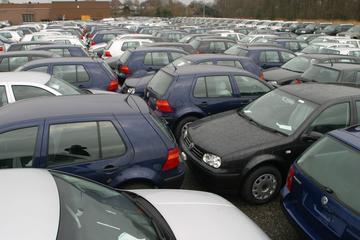 Import dieseloccasions bijna gehalveerd