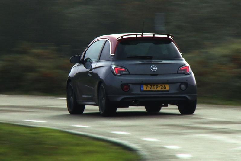 Rij-impressie - Opel Adam S