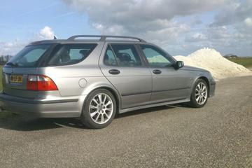 Saab 9-5 Estate 2.3 Turbo Aero (2002)