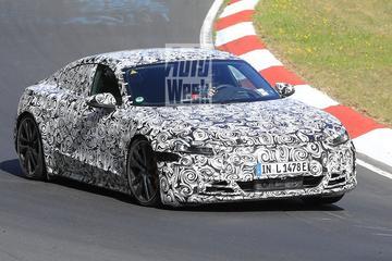 Audi E-tron GT op z'n staart getrapt