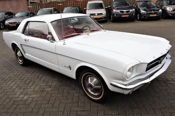 Vijf leuke Fords Mustang voor minder dan 15.000 euro