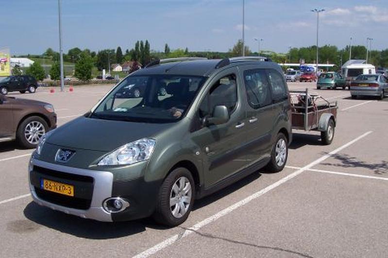 Peugeot Partner Tepee Outdoor 1.6 110pk (2010)
