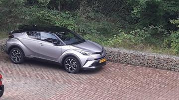 Toyota C-HR 1.8 Hybrid Bi-Tone Plus (2017)