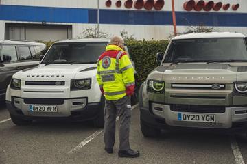 Nieuwe Land Rover Defender in strijd tegen coronavirus