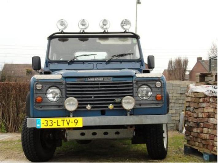 Land Rover Ninety V8 (1986)