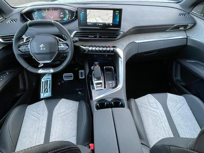 Peugeot 3008 GT HYbrid 225 (2021)