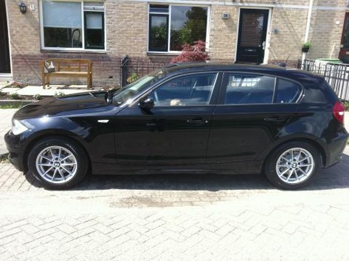 BMW 118d Corporate Lease Business Line Ultimate Editio (2011)