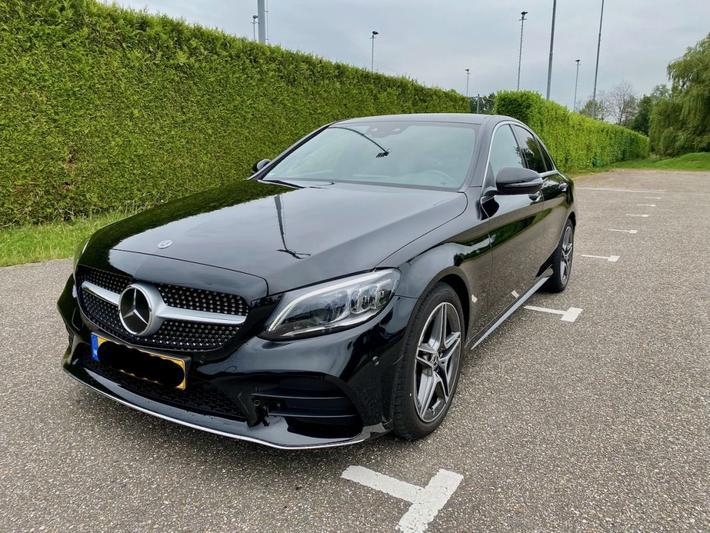Mercedes-Benz C 180 Business Solution AMG (2021)
