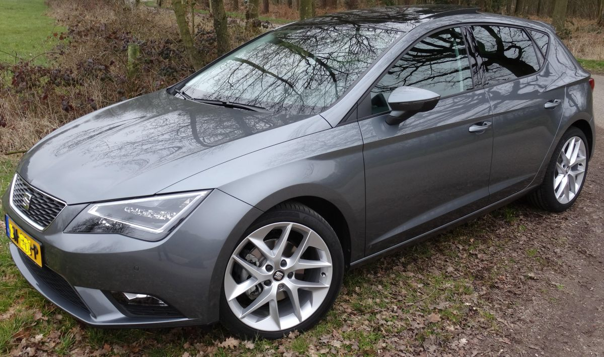 seat leon 1 0 ecotsi style connect 2015. Black Bedroom Furniture Sets. Home Design Ideas