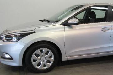 Hyundai i20 1.2 HP i-Motion Comfort (2015)