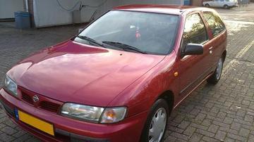 Nissan Almera 1.6 SLX (1997)