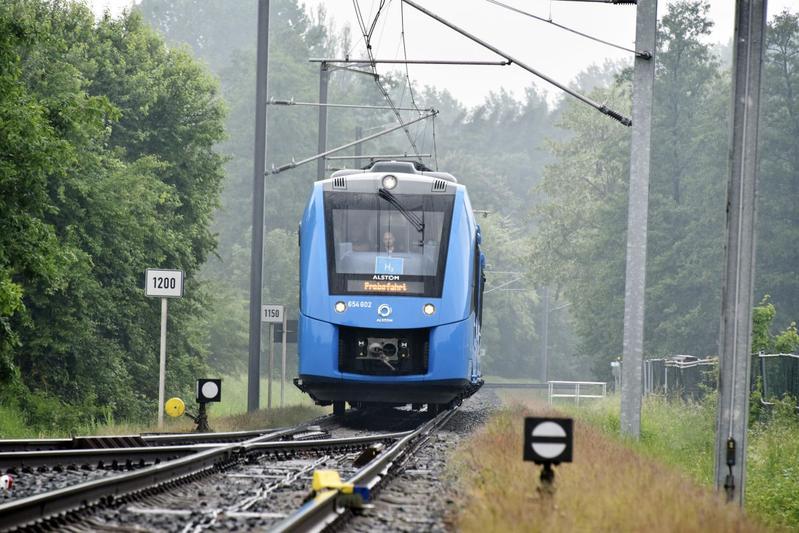 waterstof brandstofcel fuel cell H2 trein Alstom