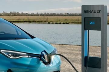 Wie betaalt de elektriciteit van je leaseauto?