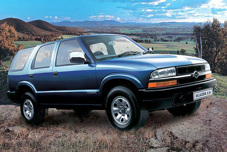Chevrolet Blazer Opel GMC Jimmy Oldsmobile Bravada