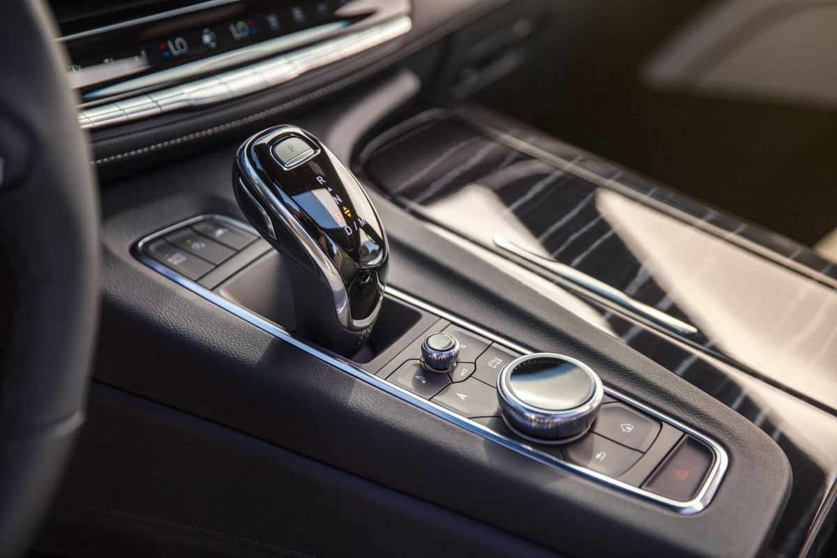 Cadillac Escalade (2020) 18