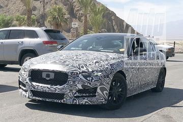 Gesnapt: gefacelifte Jaguar XE