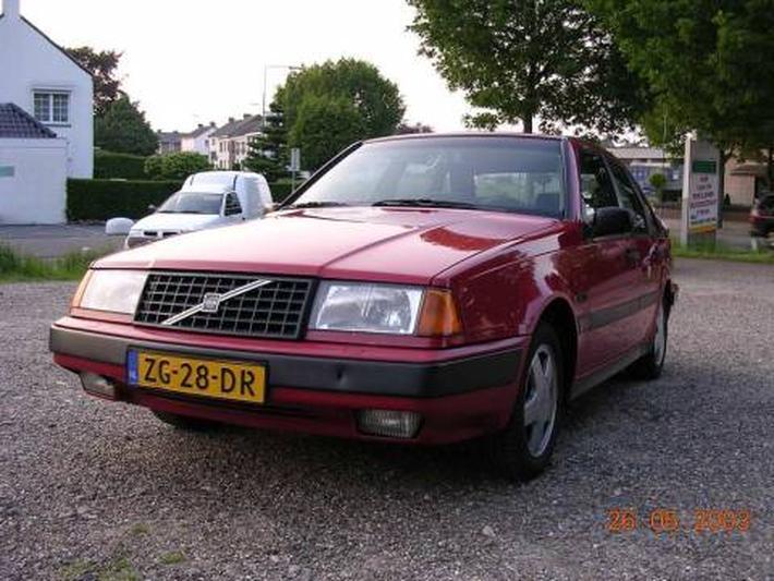 Volvo 440 GLT 64kW (1991)