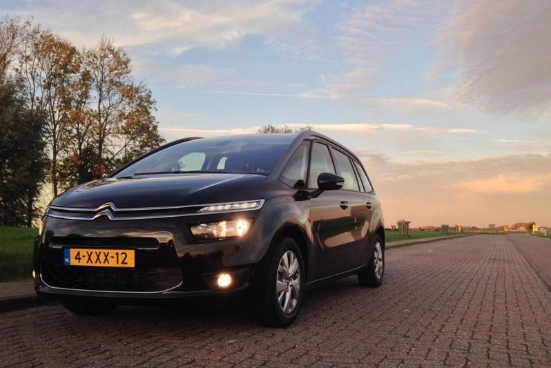 Citroën Grand C4 Picasso e-HDi 115 Business (2014) #9