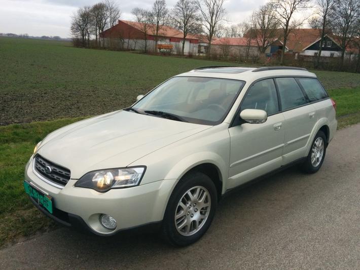 Subaru Outback 2.5i Comfort Pack (2005)