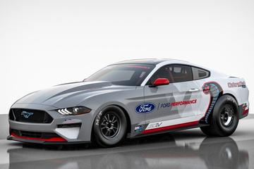 Ford maakt elektrische dragracer van Mustang